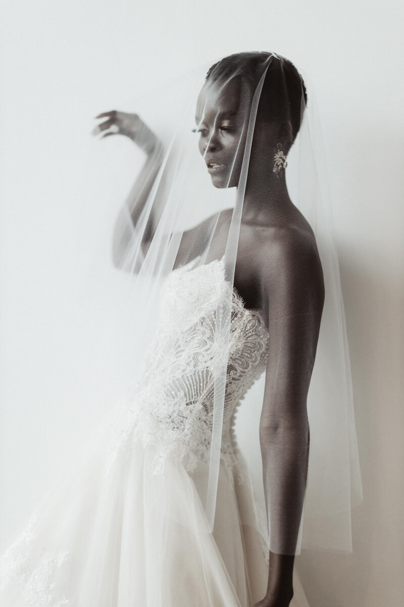 modern-eclectic-bridal-shoot-13.jpg