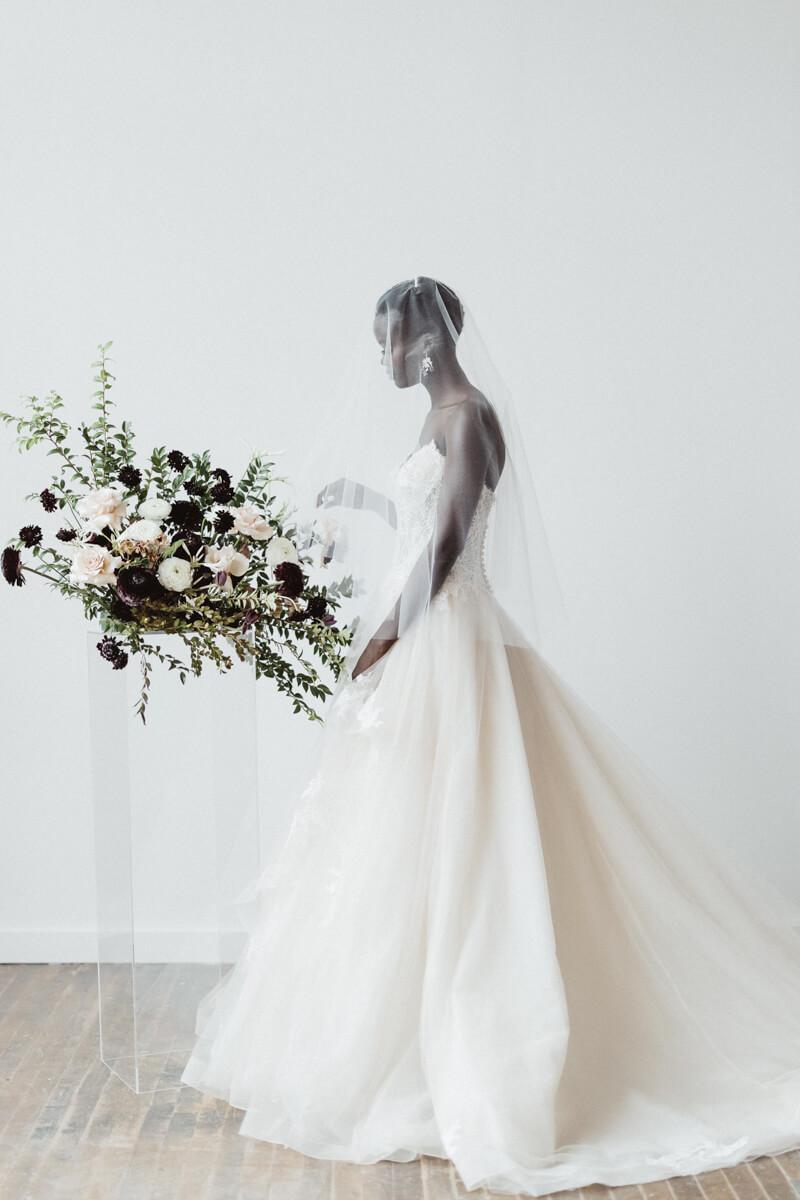 modern-eclectic-bridal-shoot-10.jpg