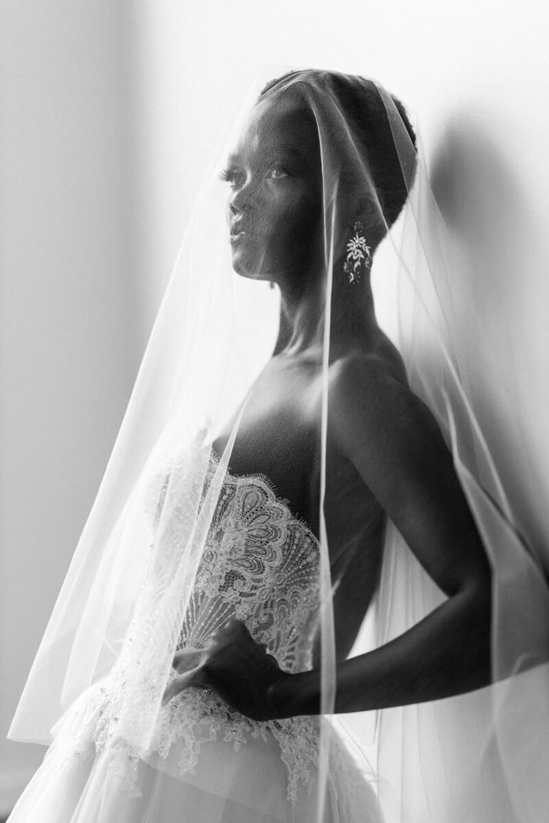 modern-eclectic-bridal-shoot-15.jpg