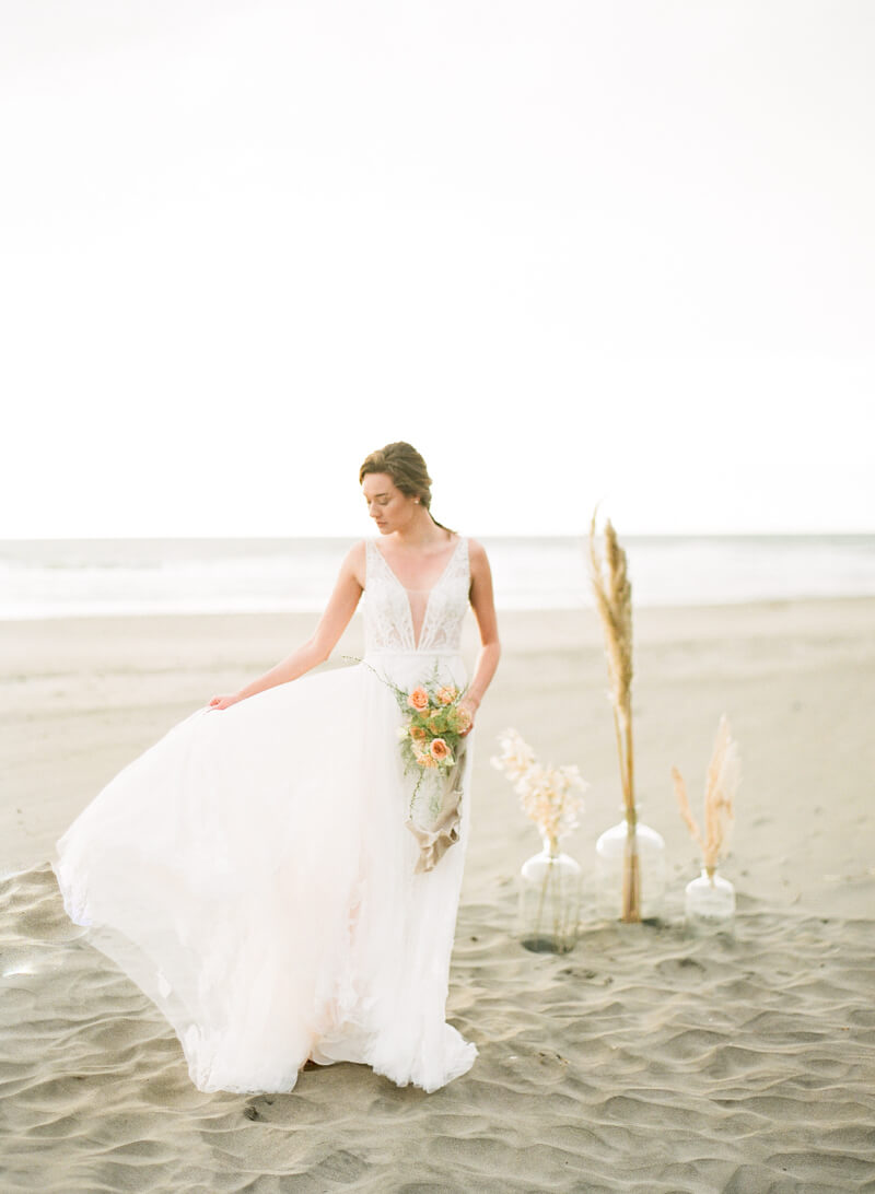 ocean-beach-wedding-inspo-22.jpg