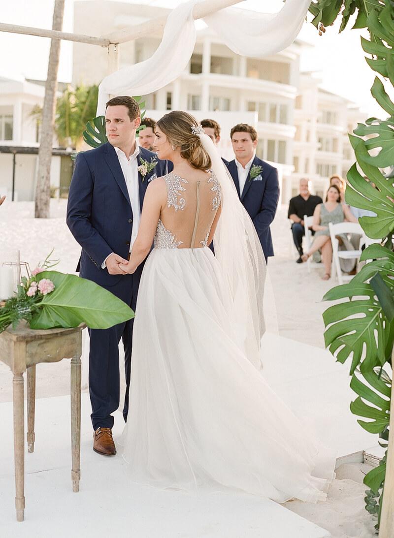 tropical-fine-art-wedding-9.jpg