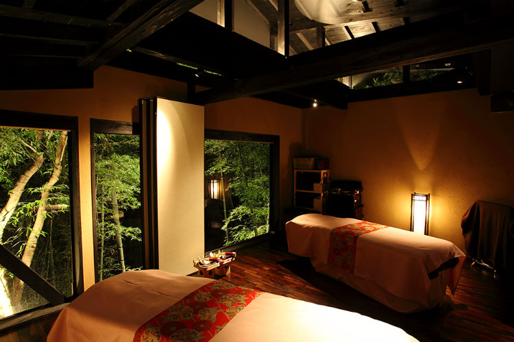 takefue-ryokan-japan-private-tour-3.jpg