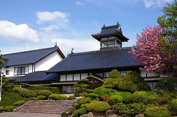 ginrinsou-ryokan-japan-private-tour-1.jpg