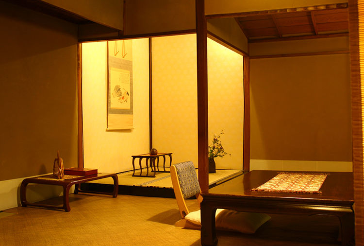 sumiya-ryokan-japan-private-tour-4.jpg