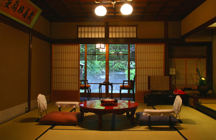 seikoro-ryokan-japan-private-tour-2.jpg