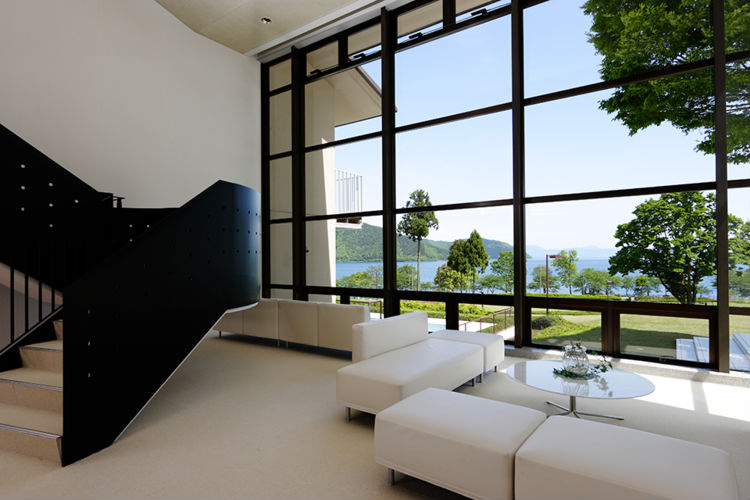 l-hotel-du-lac-ryokan-japan-private-tour.jpg