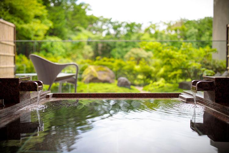 the-hiramatsu-hotels-and-resorts-sengokuhara-ryokan-japan-private-tour-2.jpg