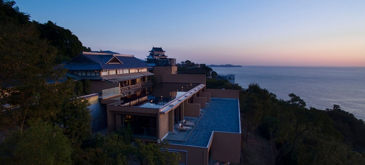the-hiramatsu-hotels-and-resorts-atami-ryokan-japan-private-tour.jpg