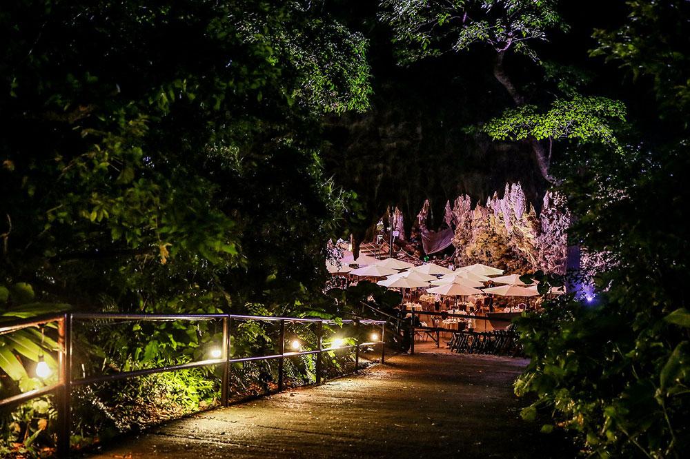 cave-cafe-okinawa-entrance.jpg