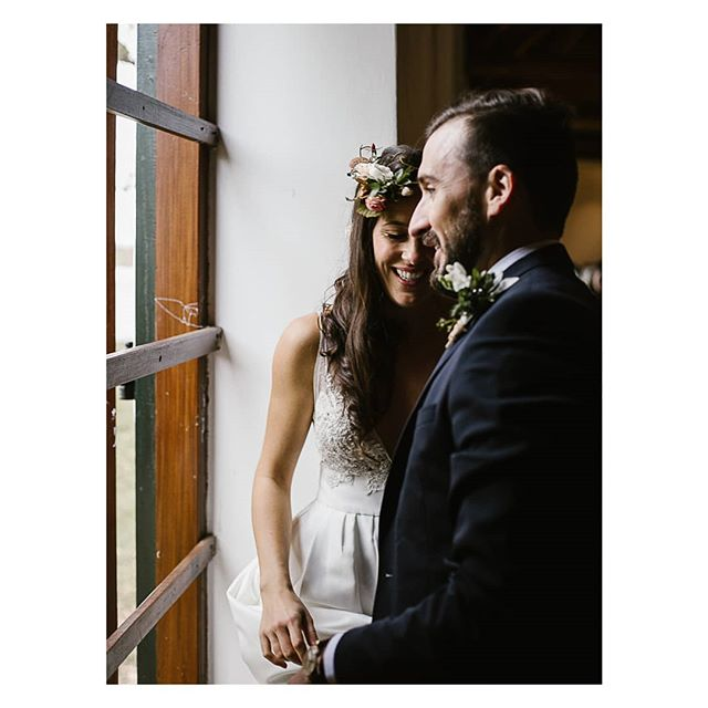 Lara and Gavin. . . . #capetown #capetownwedding #capetownweddingphotographer #destinationwedding #destinationweddingphotographer #seanshannonweddings #weddingphotographer #lookslikefilm #firstsandlasts #saweddings #theprettyblog #realwedding #happilyeverafter #love #hoorayweddings #junebugweddings #marthaweddings #weddingconcepts
