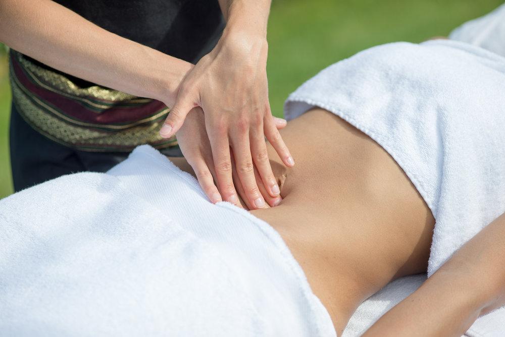 Massage du ventre à Biarritz et sur la Côte Basque, par Elodie LE SAUX de Bihaimassages.jpg