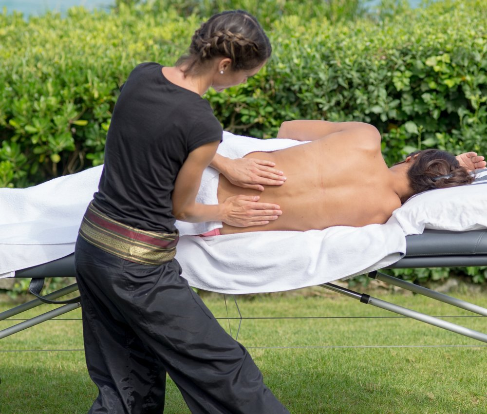 Massage femme enceinte à Biarritz par Elodie LE SAUX de Bihaï massages.jpg