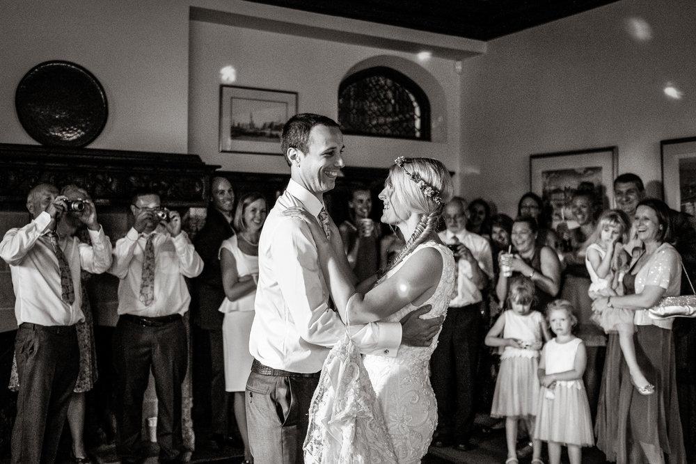 Natural wedding photography portfolio 017.jpg