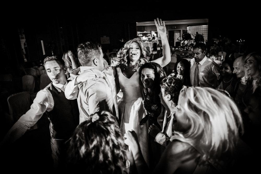 Natural wedding photography portfolio 031.jpg