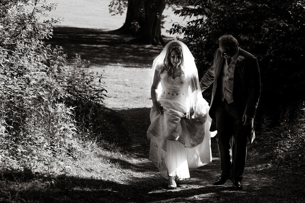 Natural wedding photography portfolio 095.jpg
