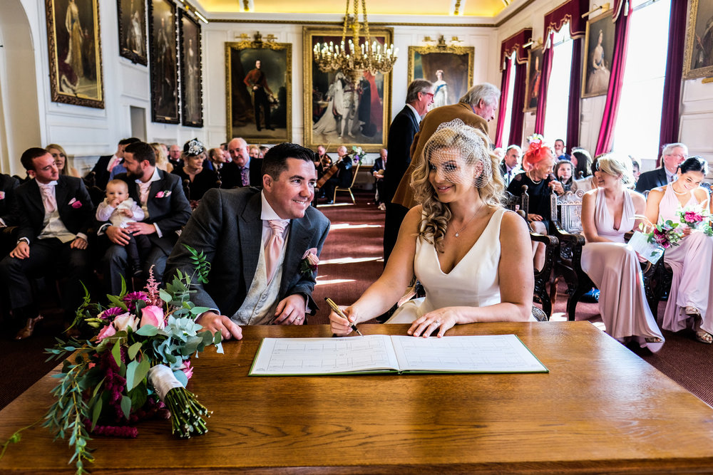 Wedding+Photography+at+Windsor+Guildhall+009.jpg