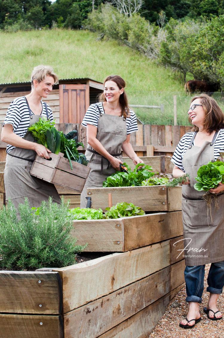 women-harvesting.jpg