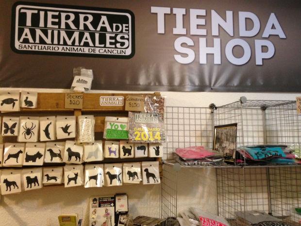 Tierra de Animales and Corazon Contento