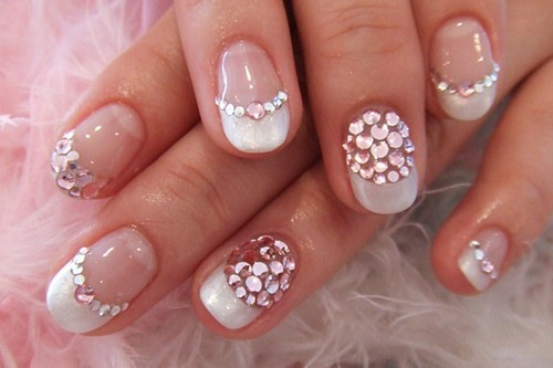 Bedazzled-Nails-500x333