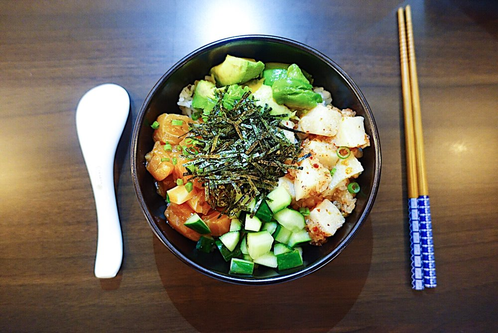 Poké bowl (RM45). Sashimi ceviche in soy lime and spicy citrus sauce, cucumber & avocado.
