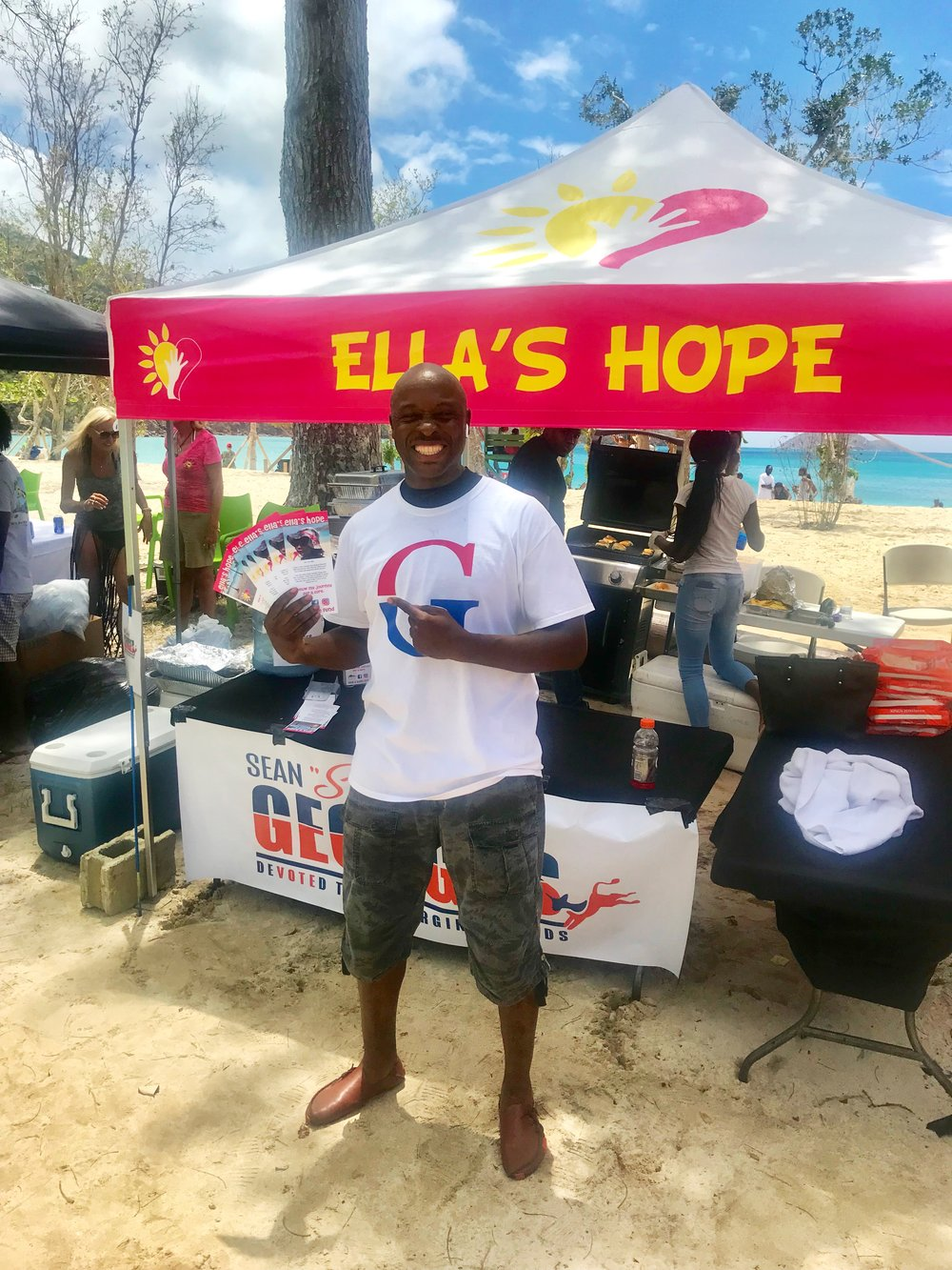 Sean Georges at Ella's Hope, King of the Wing, Magens Bay, St. Thomas, USVI.