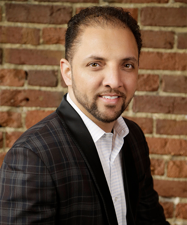 "Bhupinder ""Sonu"" Singh Chandi  Founder, President  Sonu Chandi truly is the embodiment of the American dream. Born in India, Sonu came to America when he was just a teenager, and today he is the President and CEO of The Chandi Hospitality Group which he runs with his two brothers and his wife. Though Sonu is the owner of four thriving restaurants in Santa Rosa, California, and has opened thirteen Mountain Mike's Pizza locations in the North Bay in the last twelve years - he has no plans on slowing down. Sonu continues to work hard and reach new heights for both his family and his community."