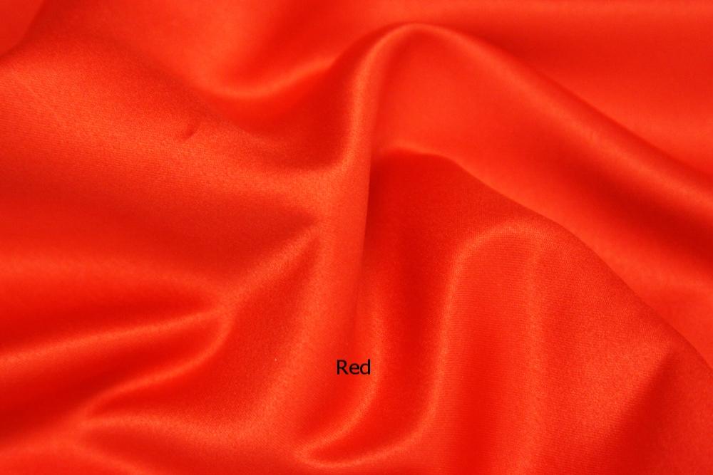 Lamour Round Red.jpg