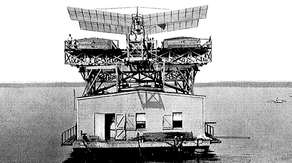 Aerodrome Research House Boat