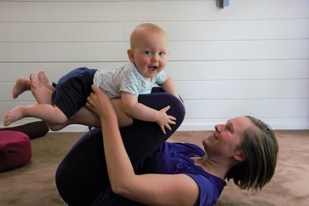 Hey baby! Beweeglessen - op woensdag en zaterdag voormiddag kan je samen komen spelen, knuffelen én bewegen.