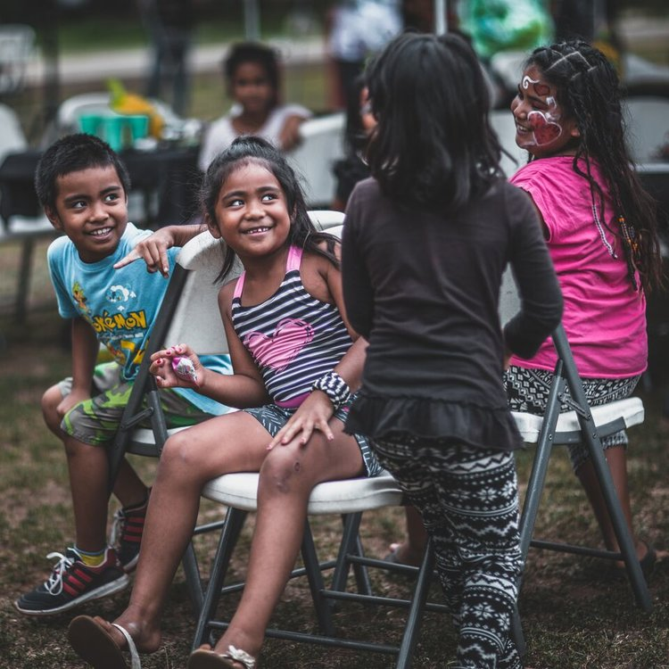 Lunch On Me: Honolulu, HI - Twice a year, Lunch On Me hosts a Love without reason event in Waianae Boat Harbor of the people of Hawaii. In this tent city, you will find a community of 200 people. One fourth of those serviced are under the age of 10.