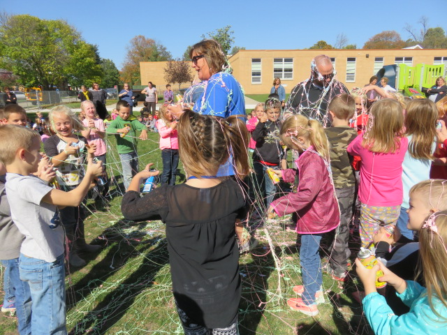 Silly String X710 024 ok.JPG
