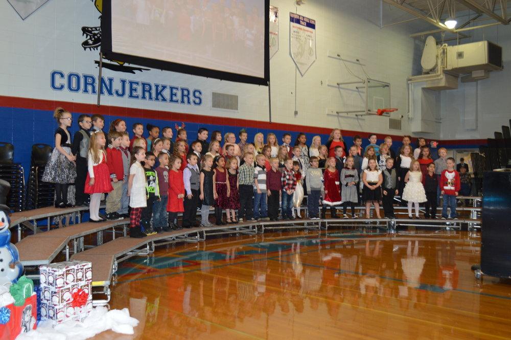 Maple Christmas CP 039 ok First Grade Full Group.JPG