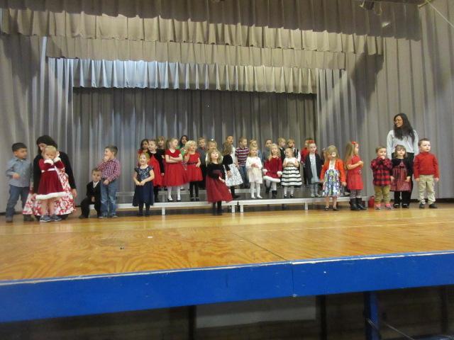Maple Christmas NL 102 ECH PreK Full Group.JPG