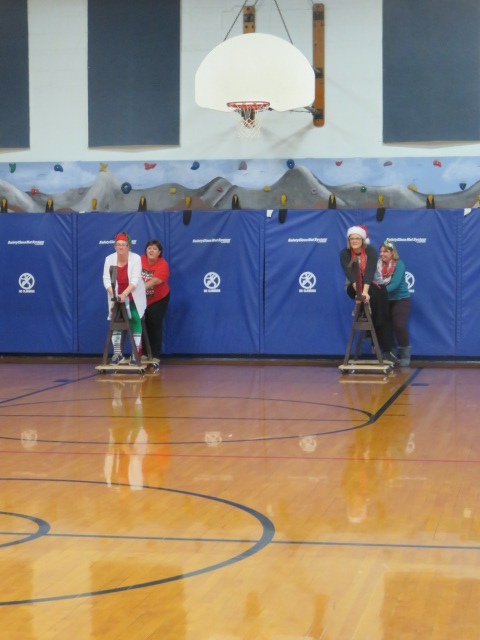 Red Green White Day 123 Horse Race Competitors.JPG