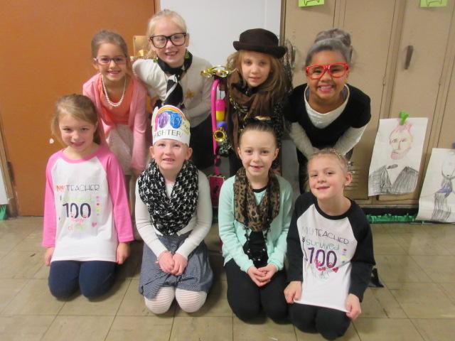 100th Day of School Cox 070 ok Cox girls.JPG