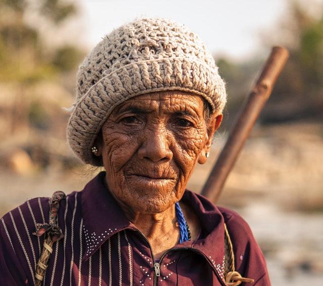 elderly-old-person-88479.jpg