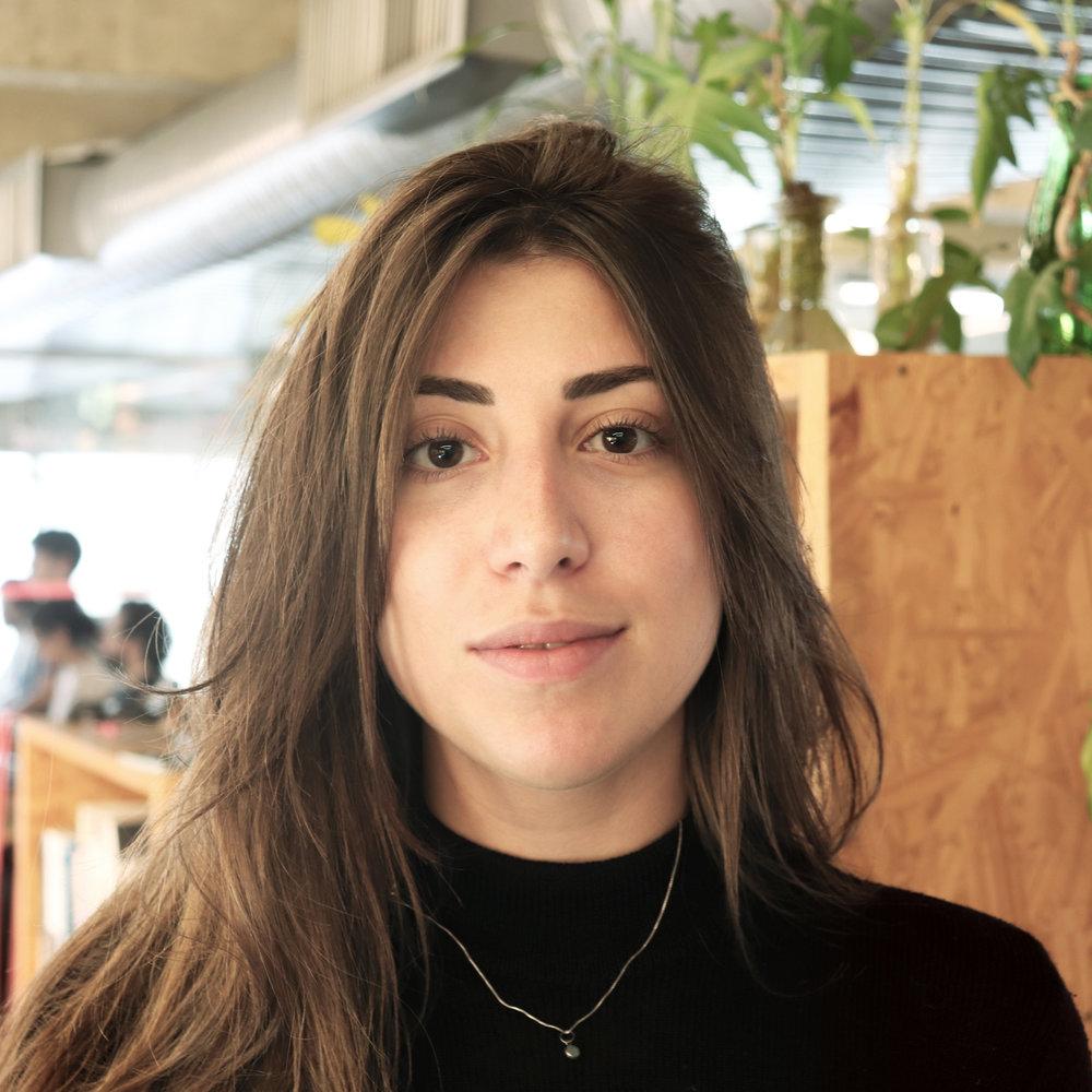 Ligia Millon | Social Media