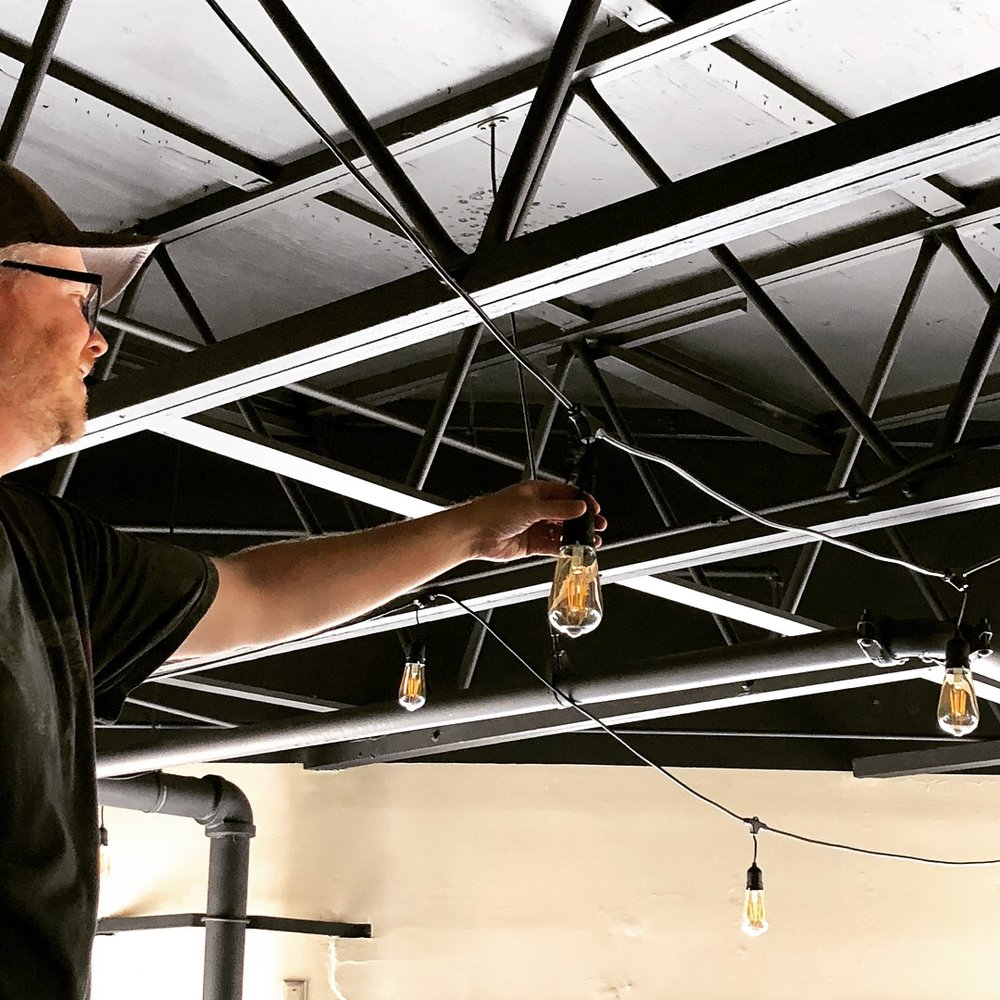 hanging lights in the taproom