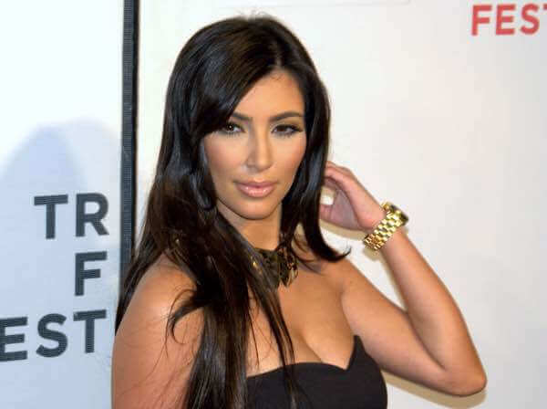 Celebrities with Psoriasis like Kim Kardashian West.