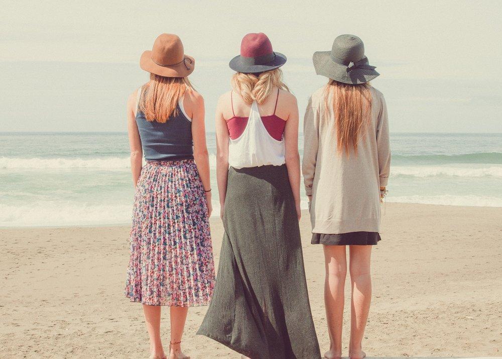 beach-1868130_1920.jpg