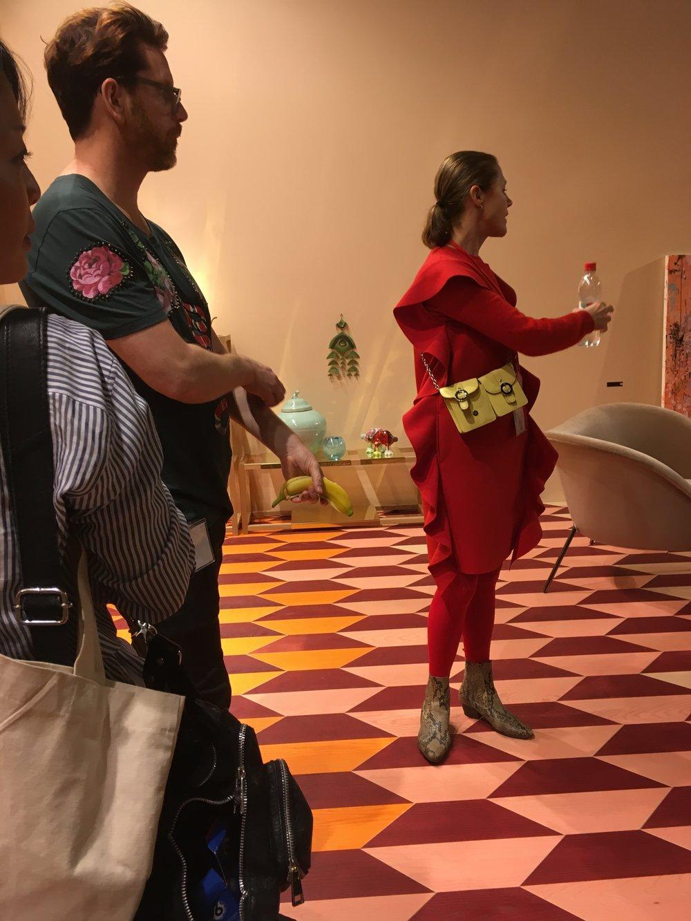Näituse üks autoritest trendianalüütik Susanna Björklund tutvustas meile lähemalt näituse ideed ja selgitas inspiratsiooni selle taga.