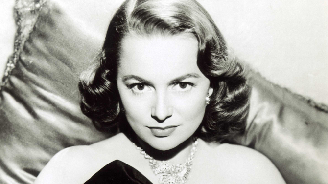 Olivia de Havilland, The Round Face.