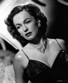 Geraldine Fitzgerald, The Inverted Triangle Face.