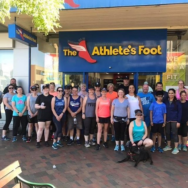 28 legends embarking on their new running journey last night at @theathletesfootballarat 🏃‍♀️🏃🏻‍♂️ It was week 1 of our 8 week 0-6km training plan and they all did an awesome job!! Coach Louie & Coach Miranda ❤️