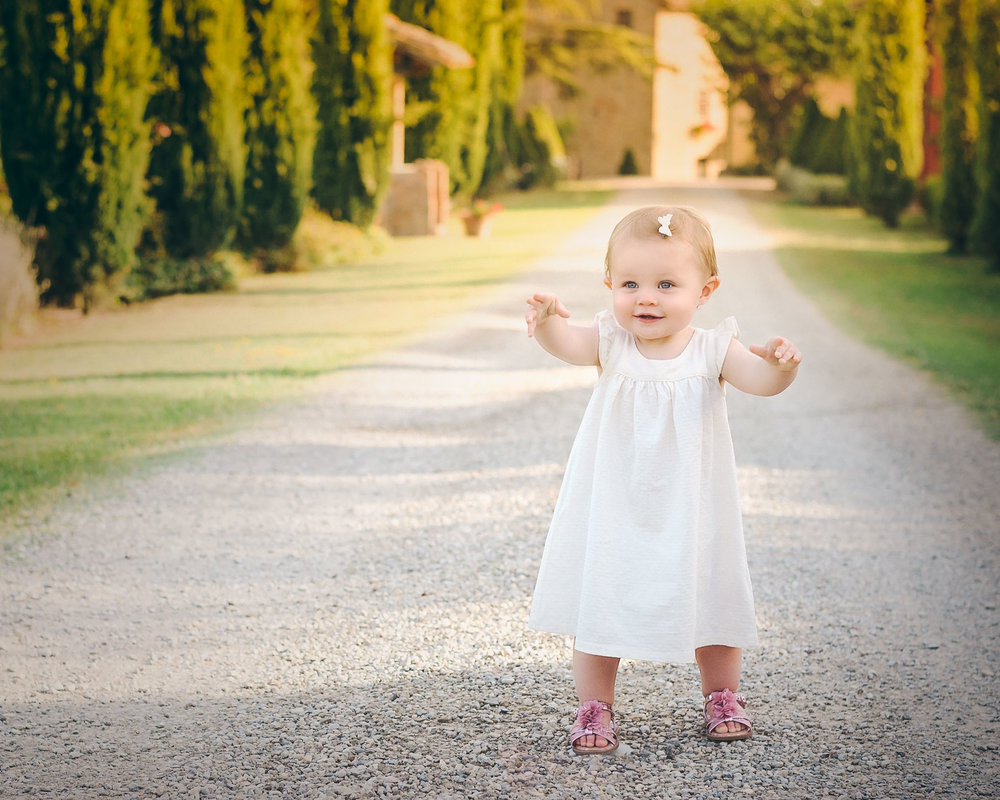 Toddler portrait at Tuscan Vineyard | Children's Photography