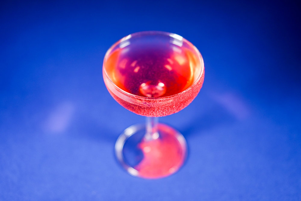 Oh Doris Bombay Sapphire, strawberry aromatised wine, shiso & nettle cordial, raspberry powder.jpg