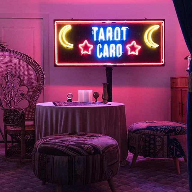 Still loving the vibe of last week's tarot card reading @angiebanicki did with @vice! Can't wait to see what the deck has in store for us Monday in Angie's next weekly reading (keep an eye out on our story)🔮 • • • • #angiebanicki #vice #tarotcard #tarotreading #tarotofinstagram #tbt #c1revolution #ximenalarkin #vicemagazine