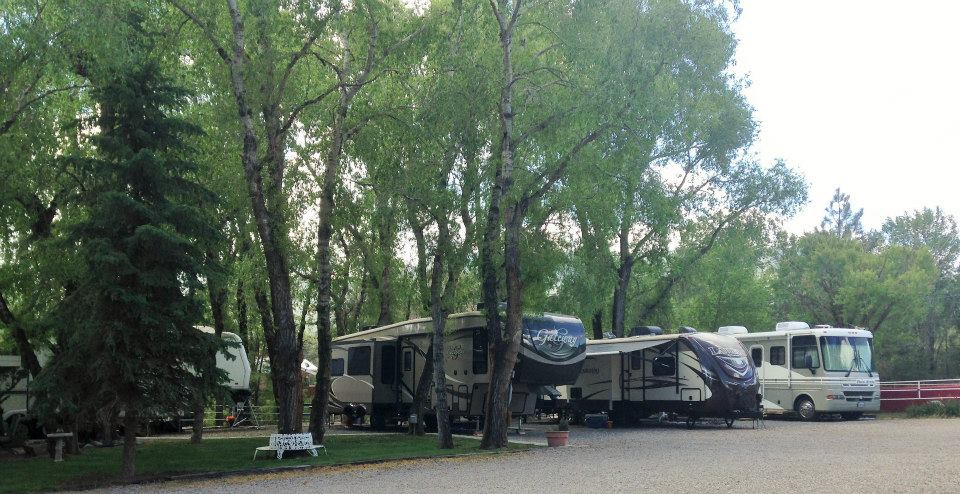 PHOTO: Riverside RV Park