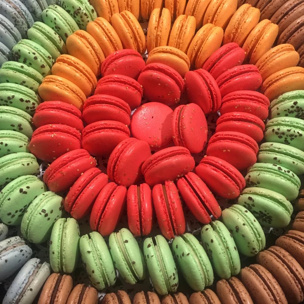 sweet-burger-macarons-flavors.png