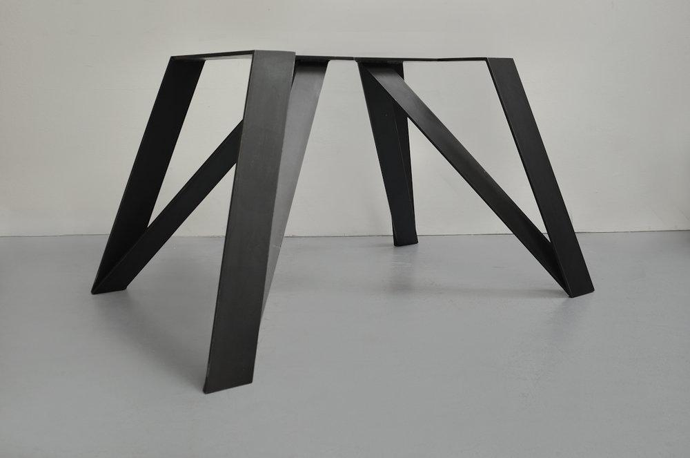 Tischgestell Stahl -